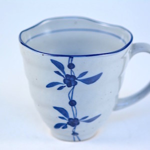 DSC_1932.jpg 日式陶土梯紋馬克杯-藍梅 cw0966-12