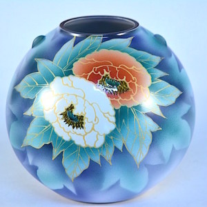 DSC_2570.jpg 九谷燒8號花瓶-紅白牡丹 K2-1465